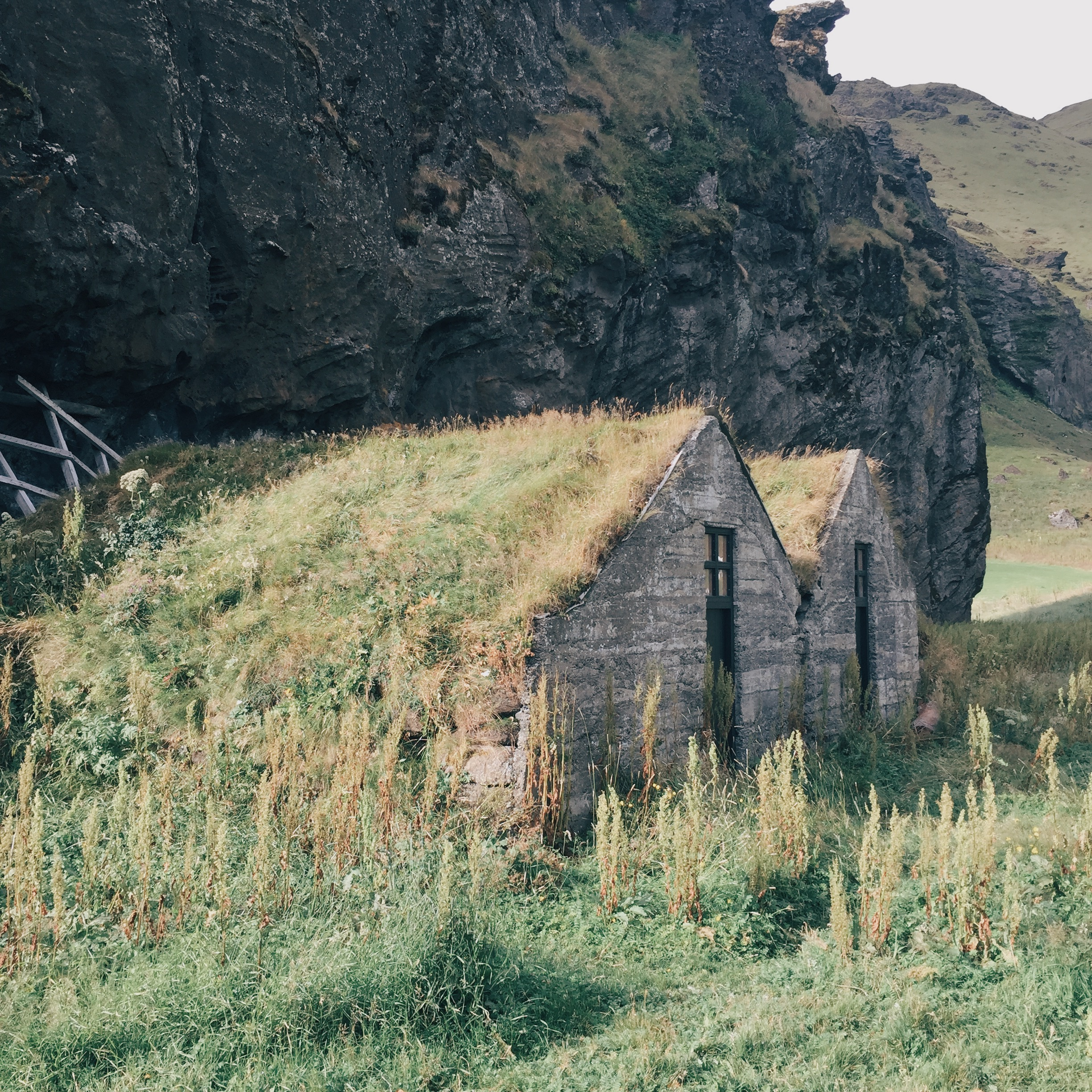 truf_roofs_iceland