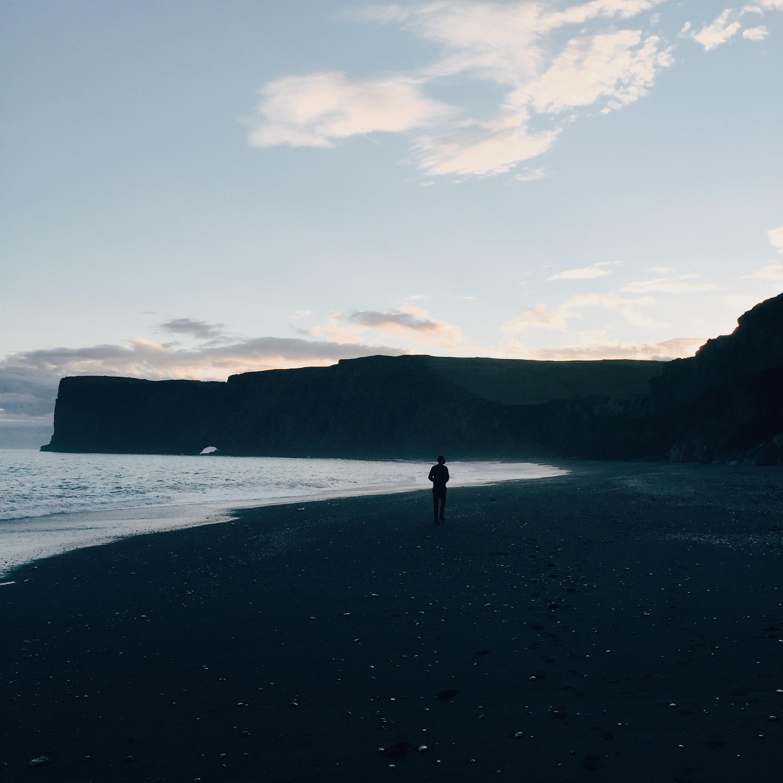 black_sand_beach_iceland