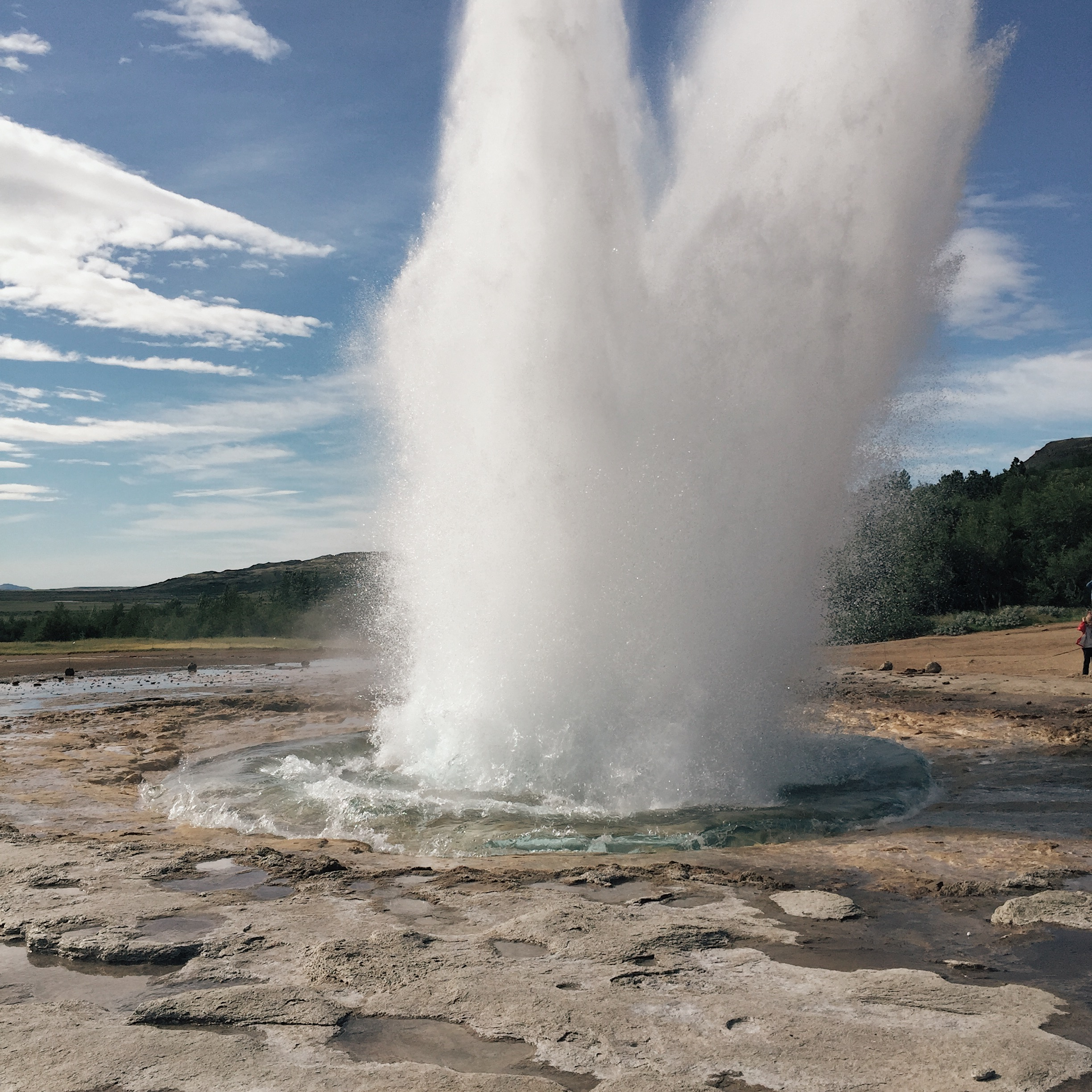 geysir_eruption_iceland