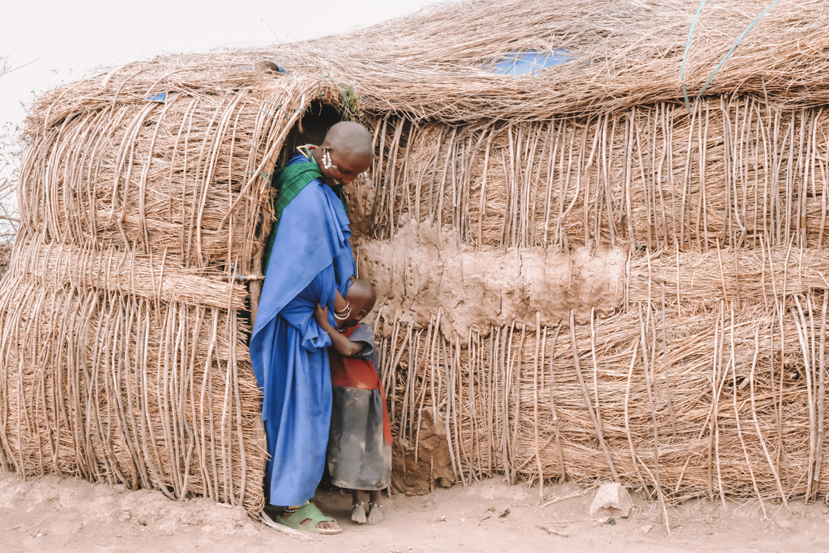 massai_with_child